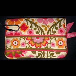 Vera Bradley One For The Money Wallet in Folkloric